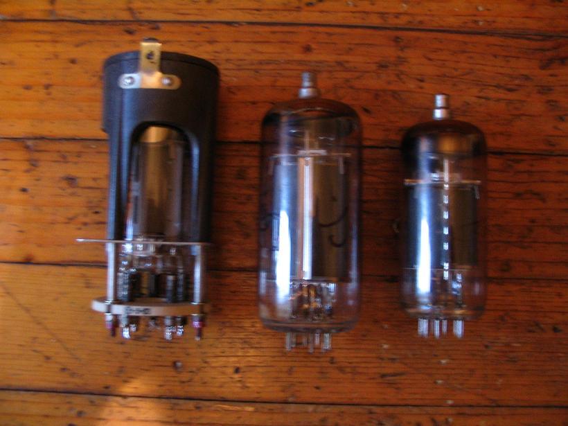 Строчник на радиолампе 6П45С