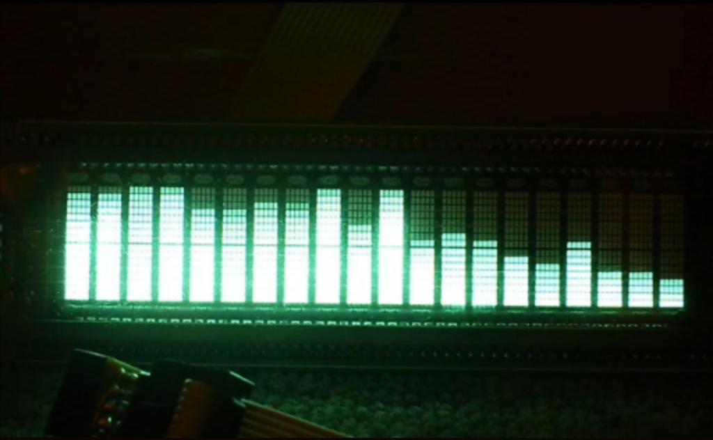 5 января 2011 в 21:05.  Вот то что тут по. ссылке и делал свой спектроанализатор.