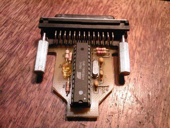 USB2LPT worklog Нашел на этом сайте, конвертор USB = LPT.  Замечательно.  Повторил версию 1.5, правда плату свою...