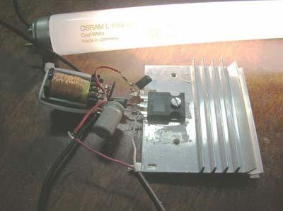 Сборка преобразователя напряжения на основе блокинг-генератора и ферритового трансформатора.
